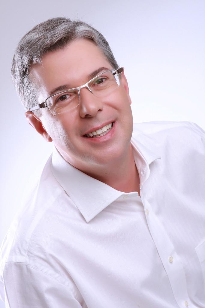 Dr. Máximo Asinlli