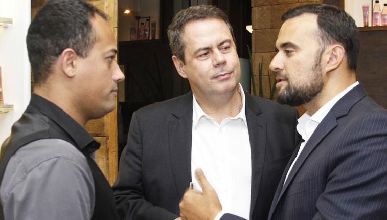 Jonas Lazaro,Ricardo Valente e Thiago Carvallho