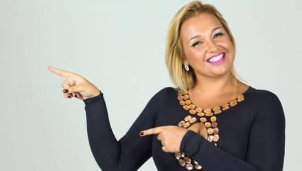 Priscila Almeida canta sertanejo