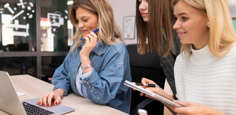 a influência do poder feminino no trabalho